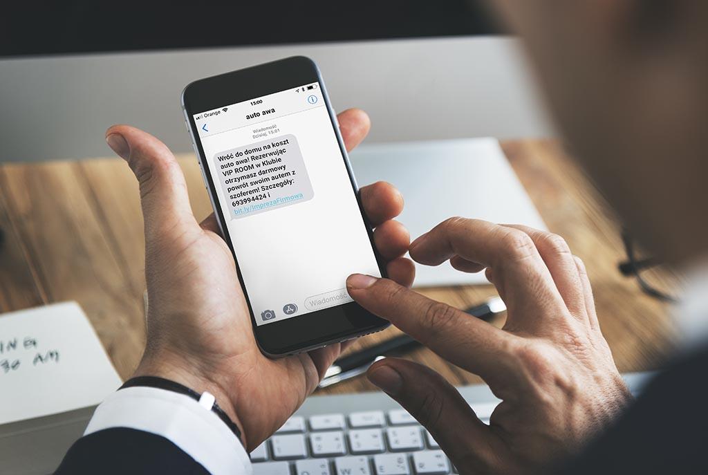 SMS zaproszenie od Auto awa