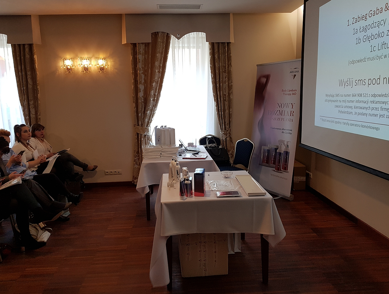 SMSAPI_Arkana_Cosmetics_Event